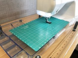 Sew Steady Grid Glider